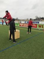 En övning av flera i programmet styrka/snabbhet.