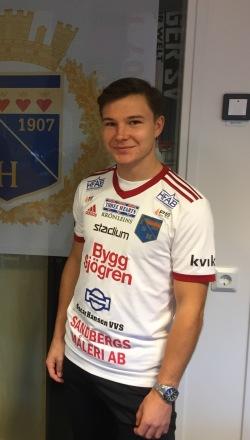 Årets skyttekung Oskar Törnfeldt stannar i Halmia. Foto: IS Halmia
