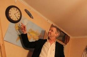 Astrolog nattvakar Oscarsgalan kl.04. Foto: Ada.