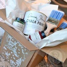 Annie Sloan Chalk Paint™, Wall Paint, vax och allt för att måla möbler i webshopen. Snabba leveranser!