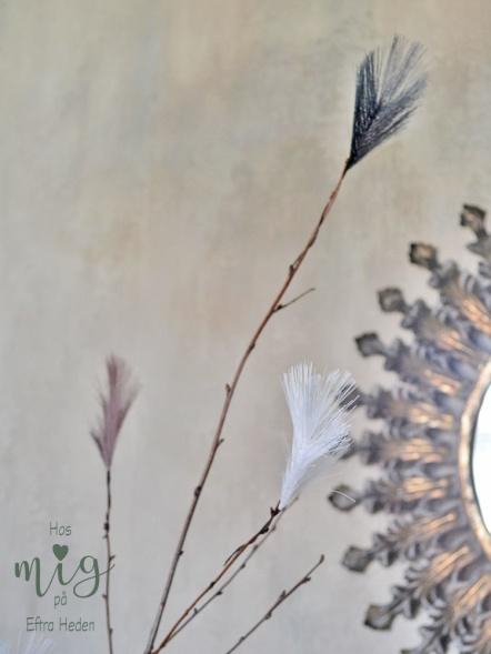 Konstgjorda syntetiska fjädrar, påskfjädrar för påskriset