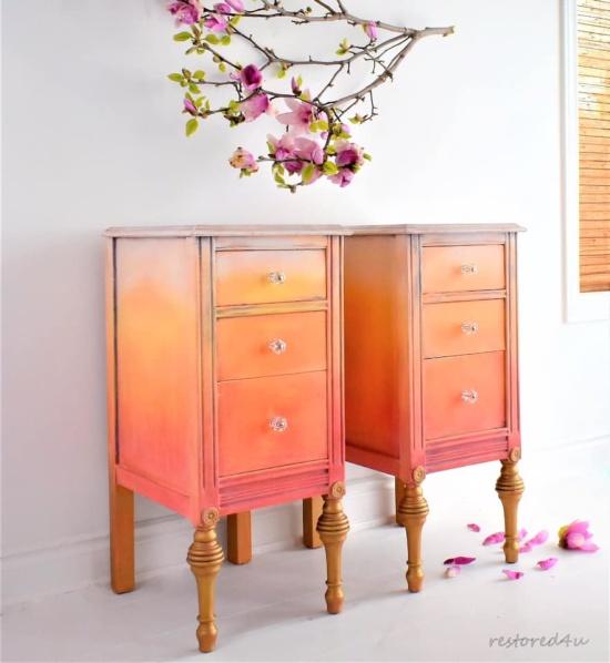Ildiko Horvath har målat med Tilton, Emperors Silk och Barcelona Orange, alla färgstarka Annie Sloan kulörer