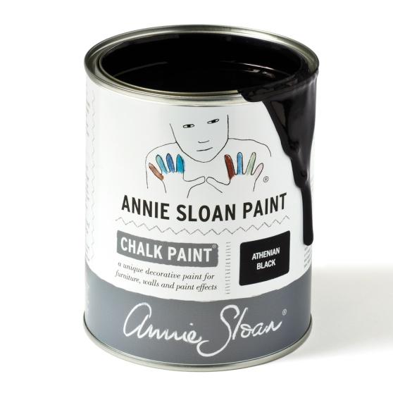 Athenian Black en riktigt svart kulör från Annie Sloan, originalet bland de färger som ibland kallas kalkfärg