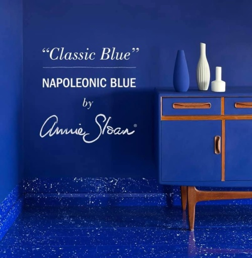 Classic Blue, colour of the year, kulören som påminner mycket om Napoleonic Blue