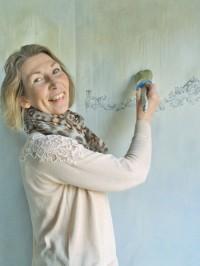 Kontakta återförsäljare av Chalk Paint & IOD Dekorer. Tips & råd för hur du målar med Chalk Paint, Annie Sloan kalkfärg.