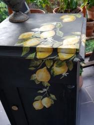 Karinas skåp med söta citroner, Dekortransfer från IOD.