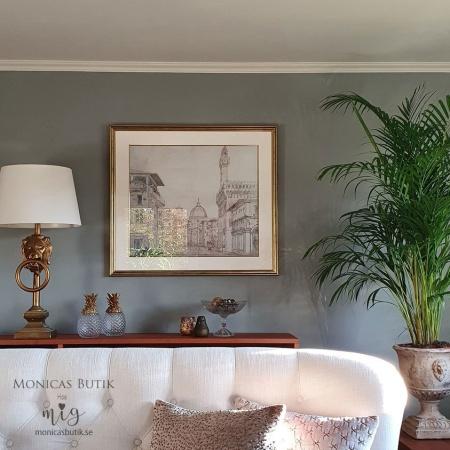 Måla och måla om väggar med Annie Sloan Wall Paint väggfärg. Väggfärgen är tålig men ger ändå ett sammetsmjuk och lite lyxig känsla.