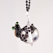 Halsband Groda Svart på transparent kula