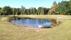 sjön ligger spegelblank