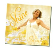 """Annes CD """"Shine""""  En uppskattad Cd för kvinnor med stärkande upplyftande budskap. Lugn sång och musik blandade med mer fartfyllda. """"I am beautiful"""" """"Dear sister"""" """" A feeling of joy"""" m. fl."""