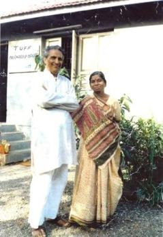 Tidigt foto på Bhikhu och Kokila Vyas