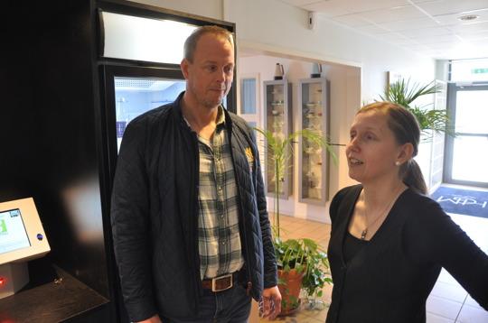 Driftchef Peter Olsson och produktchef Marika Lindemann Has.