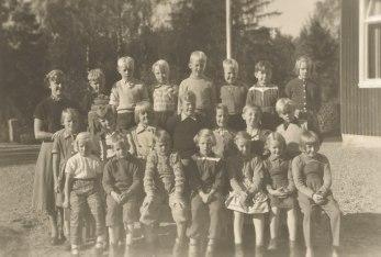 Första och andra klass 1953-54.