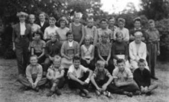 Sjunde klass - gick i skola i Åmotfors.