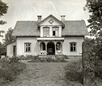 Väststuga. Bilden sannolikt tagen på 1930-talet