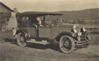 Torvald Foss Taxibil. Fotot från början av 1930-talet