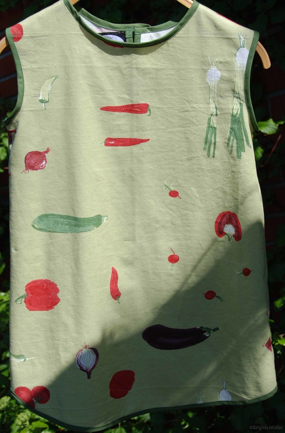 Retroförkläden_grönsaker_barn