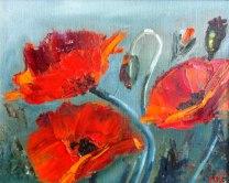 Valmon i olja och många andra färgglada oljemålningar på blommor på galleri Heilings Konsthörna i Halmstad, Halland