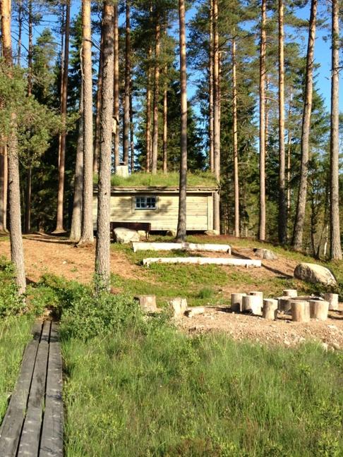 Skallinge Gårds stuga i natursköna Simlångsdalen bara 28 km från Halmstad