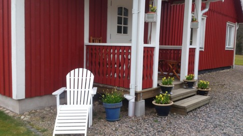 Här är mitt favoritställe på förmiddagen. Sitta och titta på mina hästar i hagen med en kopp kaffe. Det är skön avkoppling!