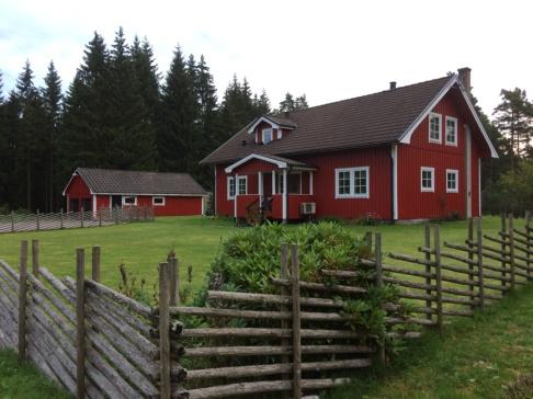 Skolan har 3 gästrum och vardagar  är det vår samlingslokal för Grön Rehabilitering.