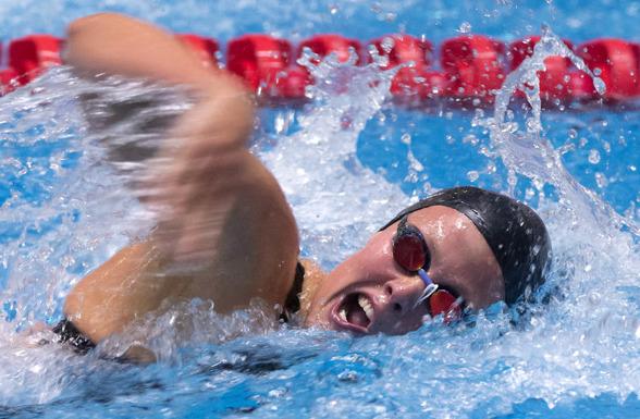 Michelle Coleman vann 100m fritt - 50m ryggsim och satte svenskt juniorrekord på 100m ryggsim. Sicken afton för Täbysimmerskan.