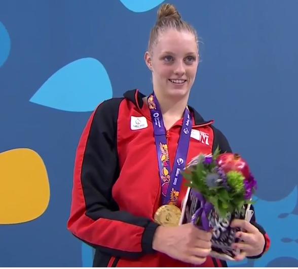 Ännu en holländska på 100m fritt - Maarit Steenbergen. Vann på fina 53.97.