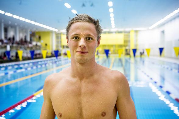 Erik Persson, Kungsbacka snbbast i försöken på 100m bröstsim