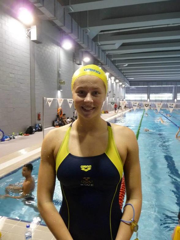 Sophie Hansson slog svenskt juniorrekord på 50m bröstsim i dagens försökstävlingar på JVM