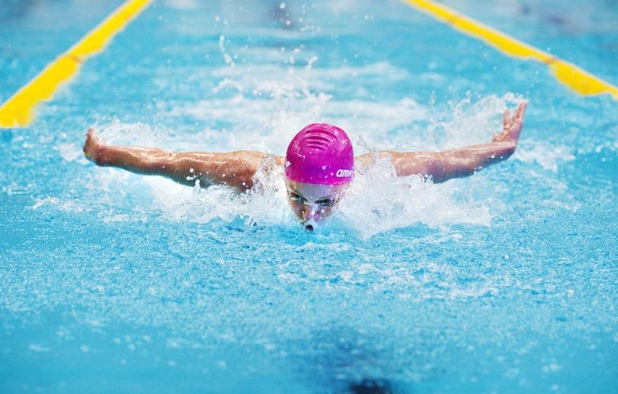 Andra världsbästanoteringen för dagen kom av Sarah Sjöström på 100m fjärilsim