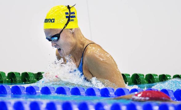 Vilma Ekström på 200m bröstsim