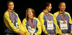 Anna Karin Kammerling, Sanja Dizdarevic, Emelie Kierkegaard och Josefin Lillhage efter ett brons på EM