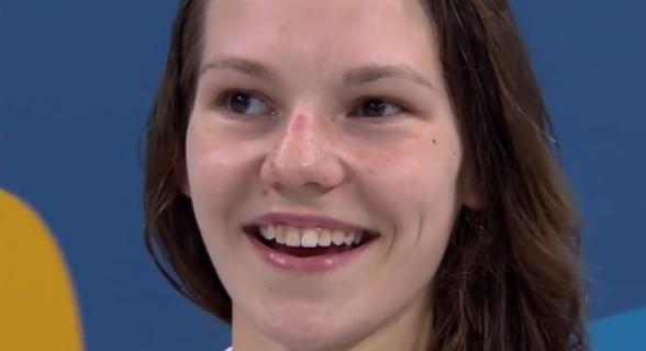 Maria Astashkina Ryssland vann 200m bröstsim på fina 2.23.06
