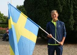 Svensk fanbärare på invigningen - simmaren Daniel Forndal - hedersamt!