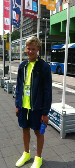 Petter Fredriksson - segrare på 200m ryggsim vid Ungdoms-OS