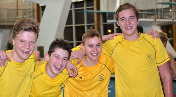 Jönköping vann avslutningslagkappen för grabbar i Rosenlundsbadet