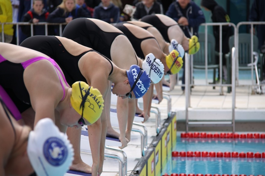 Staren på B-flickornas 400m fritt