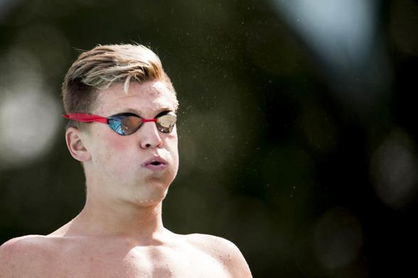 David Forndal från Jönköping var snabbast av alla i lagkappen på 4x100m fritt. 51.95