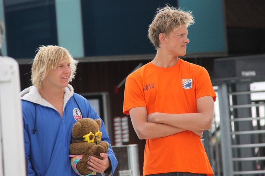 Petter Fredriksson, Hajen, segrare i äldsta grabbarnas 100m ryggsim