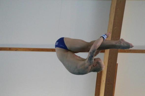 Jesper Tolvers är återigen Svensk Mästare i höga hopp efter dagens finaler.