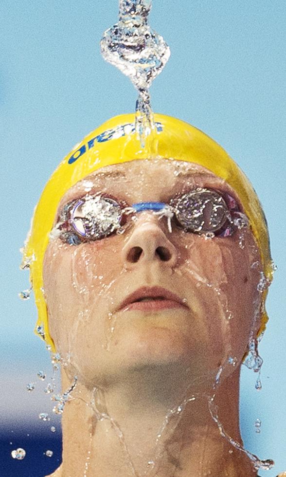 Årets sportbild 2015 - till melodi Robban Broborgs - Vatten - staden är full av vatten.............. text och video längre ned på sidan.....