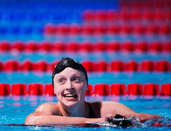 Katie Ledecky USA satte sitt andra världsrekord under VM - när hon vann 800m fritt ikväll