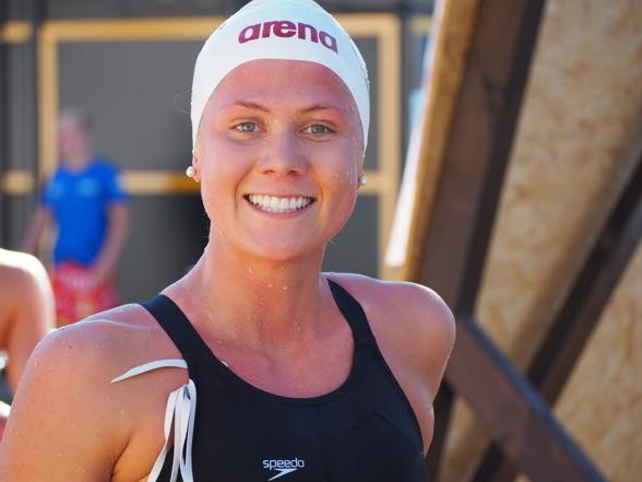 Henriette Stenkvist vann klart 400m fritt för damerna.