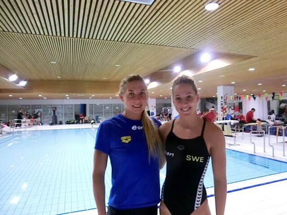 Magdalena Kuras och Ida Lindborg simmade 100m ryggsim för Sverige denna morgon.