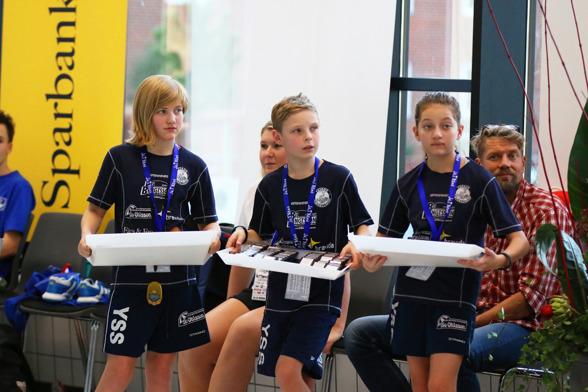 Här bär man fram medaljer i Ystad