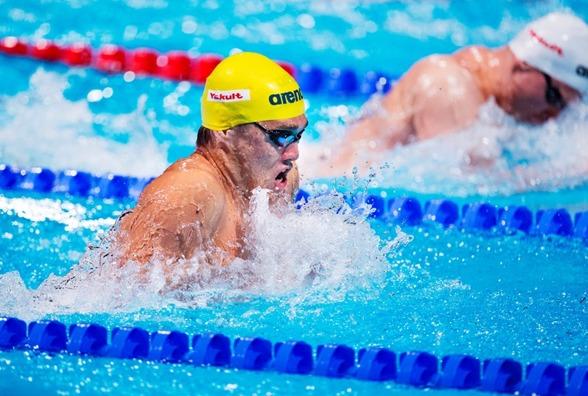 Johannes Skagius överraskade och gick till final på 50m bröstsim. Finalen simmas i kväll med start 18.00