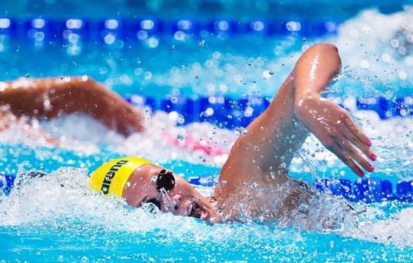 Michelle Coleman vidare till semifinal på 200m fritt