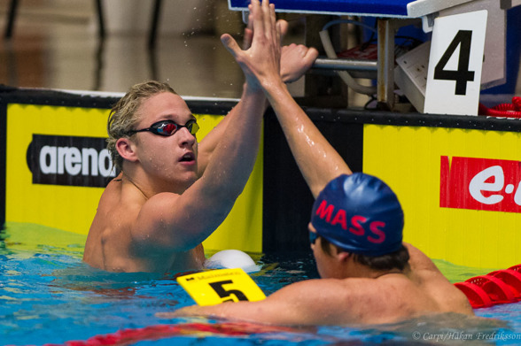 Mattias Carlsson och Christoffer Carlsen efter 200m fritt herrar