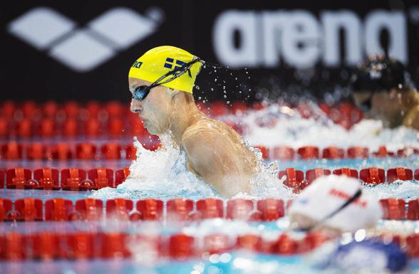 Jessica Eriksson på 100m bröstsim