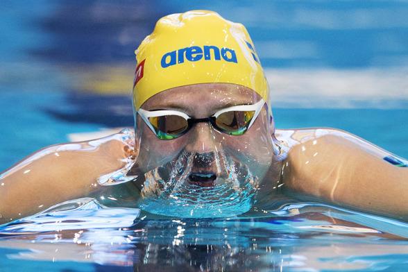 Erik Persson till semifinalen på 100m bröstsim med ett fint personligt rekord